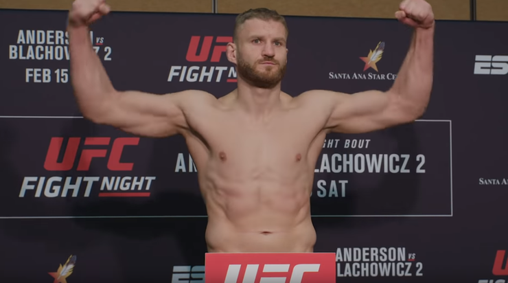 UFC: Awans Błachowicza w rankingu wagi półciężkiej