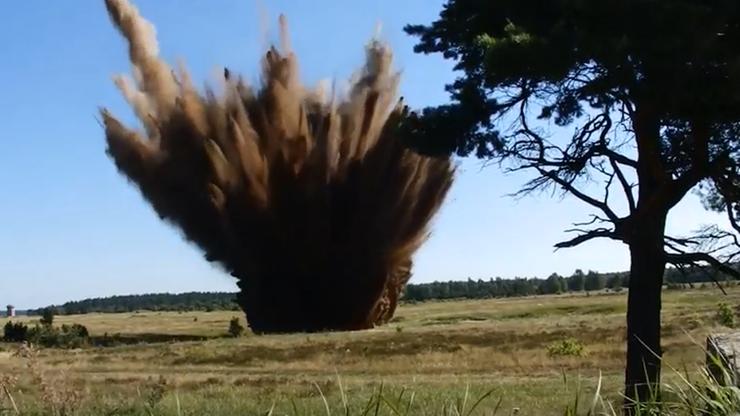 Detonacja bomby z Białegostoku. Ładunek wysadzono na poligonie w Orzyszu